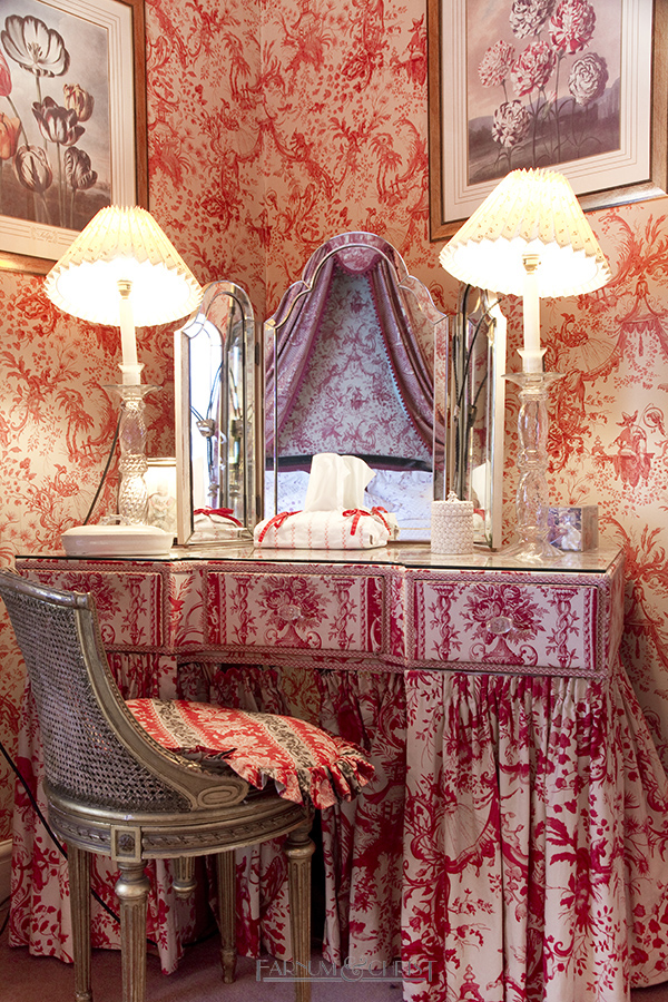 13-epl-dressing-table.jpg