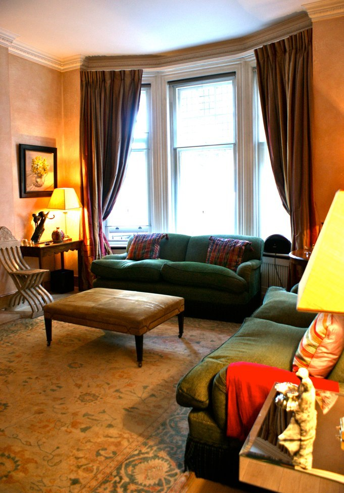 01embankment-living-room.jpg